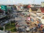 National Highway 5 intersecting Street 207 and Street 212 in downtown Battambang City near the central market, Cambodia (Photo Milei Vencel Wikimedia Commons)